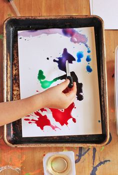 Easy art projects for kids - oil and watercolor paint. Try with trays borrowed from the cafe