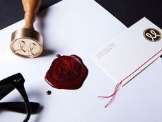 I love wax seals. I've always loved sending (and receiving!) mailed letters, and I totally went through a phase with wax seals. So pretty.