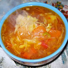 Reteta culinara Ciorba de varza cu carnita de porc din categoria Supe/Ciorbe. Cum sa faci Ciorba de varza cu carnita de porc Supe, Thai Red Curry, Food And Drink, Cooking, Ethnic Recipes, Pork, Kitchen, Brewing, Cuisine