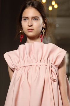 Valentino Fall 2017 Couture Fashion Show Details