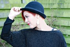 Kerstoutfit: Redhead with black hat - Ceetje