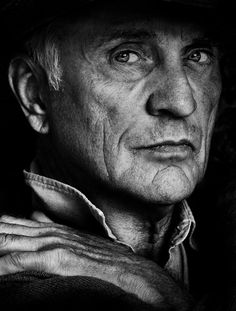 Black and white portraits easily succeed in reflecting the true emotion of the subject. Here are a collection of impressive black and white portraits by Betina La Plante. Black And White Portraits, Black White Photos, Black And White Photography, Terence Stamp, Photo Star, Celebrity Gallery, Actors, Interesting Faces, Famous Faces