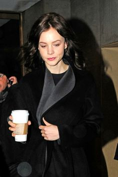 Carey Mulligan says she'd rather go nude than sing on camera on Today Show Carrie Mulligan, Michelle Trachtenberg, Michelle Williams, Zoe Saldana, Jessica Biel, Gal Pal, Street Look, Today Show, Christina Hendricks