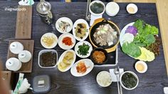 가정식 백반, Home made style of Korean table Korean best menu 백반[baekban], Korean meal with a bowl of rice, soup, and side dishes !!! I ordered this at dinner table. I love all of each banchan so much. Let me share them one by one. You will love it too.   #백반 #koreafood