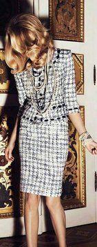 g r a n n y s g o o d w i l l granny inspired chic is quaint Chanel More : ? g r a n n y s g o o d w i l l granny inspired chic is quaint Chanel Fashion Mode, High Fashion, Womens Fashion, Fashion Trends, Fall Fashion, Style Fashion, Dior, Chanel Jacket, Chanel Dress