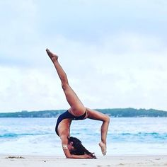 """Peace comes from within. Do not seek it without."" ~ Buddha ✨ beautiful #yogapose @life_of_fee via @yoga"