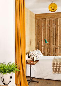 En cortinas, el terciopelo es un maravilloso absorbente acústico, que crea un confort acústico extraordinario. Erico Navazo lo hizo así en uno de sus proyectos...