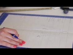 ▶ Fashion Sketches for Beginners : Fashion Design for Beginners - YouTube--with ruler and one inch lines
