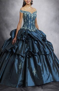 This is a sweet 16 dress from #outerinner.Off-the-shoulder Ball Gown Floor-length Applique Sweet 16 Style Code: 00921 USD$249  Shop here:http://www.outerinner.com/off-the-shoulder-ball-gown-floor-length-applique-sweet-16-pd-00921-15.html  #dress #ballgown #blue #cute