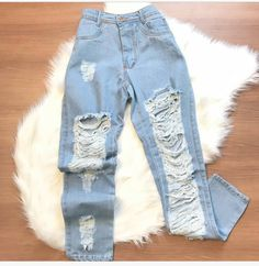 Cute Casual Outfits, Edgy Outfits, Outfits For Teens, Grunge Outfits, Summer Outfits, Fashion Outfits, Cute Ripped Jeans, Ripped Jeans Outfit, Teenager Outfits