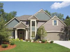 Traditional House Plan with 3117 Square Feet and 3 Bedrooms from Dream Home Source   House Plan Code DHSW68095