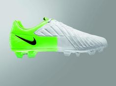 Nike T90 Laser IV football boot