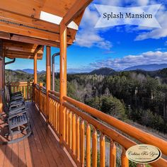 Sitting high in the Smoky Mountain hills is a large-group cabin that's designed to please.