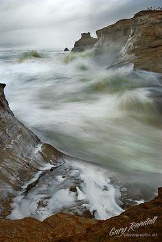 Cape Kiwanda Storm Surge in Cape Kiwanda / Pacific City Oregon Pacific City Oregon, State Of Oregon, Oregon Coast, Pacific Coast, Pacific Ocean, Pacific Northwest, Canon Beach, Cape Kiwanda, Storm Surge