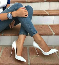 Just stunning shoes - heels classy White High Heels, Sexy High Heels, Classy Heels, Pretty Shoes, Cute Shoes, Pumps Heels, Stiletto Heels, Pastel Outfit, Beautiful Heels