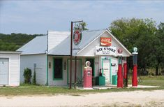Old Country Store in Nix, Lampassas County, TX