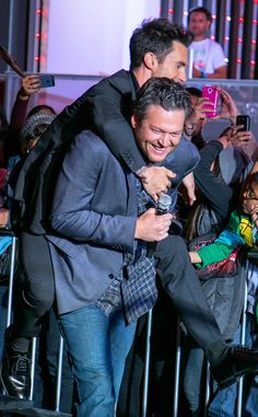LOL! The Voice coaches goof around at a Christmas tree lighting in L.A.