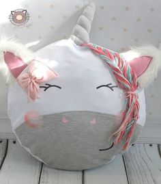Plott and Appli - a singular product by paulundclara on DaWanda DIY Pillows Unicorn Diy, Unicorn Crafts, Unicorn Birthday, Unicorn Party, Unicorn Horns, Unicorn Cushion, Unicorn Pillow, Sewing Toys, Sewing Crafts