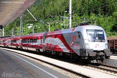 A special deliveried ÖBB Railjet at Landeck, Austria