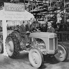 Brilliant inventor Harry Ferguson's hitch revolutionized farming. Chevy Trucks Older, Old Ford Trucks, Lifted Chevy Trucks, Pickup Trucks, Antique Tractors, Vintage Tractors, Vintage Farm, 8n Ford Tractor, New Tractor