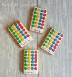 Galletas Decoradas Fondant. Twister. Cookies Decorated. Periquita Giménez