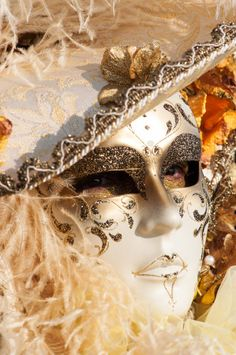 White mark Venice Carnival 2015 - love how the lips are painted