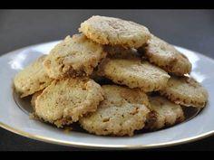 Recette de cuisine: Petits biscuits de Noël à la cannelle et au chocolat blanc.