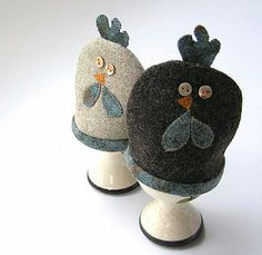 Clucky hen egg cosy (pair) - easter kitchen