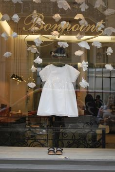 Bonpoint Paris Window Display by Fanciful Designs - Whimsical Paper Flower Garlands