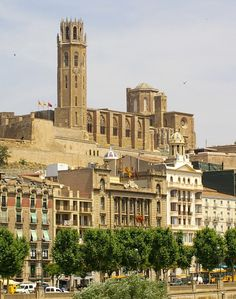 La Seu Vella, in Lleida. Taken from Cappont's side of the river. Beautiful Places In The World, Wonderful Places, Places Ive Been, Places To Visit, Places In Spain, Spanish Towns, Barcelona Catalonia, Spain And Portugal, Travel Bugs