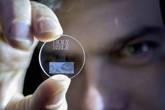 This Tiny Glass Disc Will Hold 360 TB of Data for 13.8 Billion Years - BlazePress