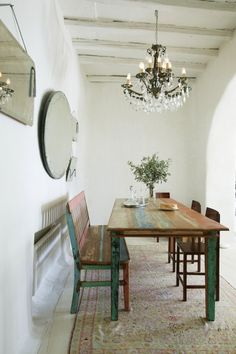 Simplicité, beauté et bien-être dans les Cyclades - via Terre D'Ylang Déco