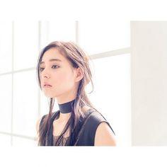 ドラマ「CRISIS」で大山玲役の新木優子。特捜班キャストの中で唯一の女優キャストです。ドラマ「CRISIS」でのアクションシーンに備えトレーニングしているそうです。モデル、CM、女優と幅広く活躍している新木優子の画像や動画、情報まとめです。
