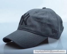 New Era MLB New York Yankees Baseball Cap Breathable Cap Curved visor Hat  Classic Retro Dark Black 4dee1122f006