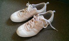 【済】NIKEの白い運動靴。レディースS〜M。