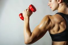 These 5 exercises will target your triceps, getting rid of that back arm fat!