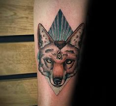 60 Coyote Tattoos For Men - Canis Latrans Design Ideas Cute Tattoos, Tattoos For Guys, Lechuza Tattoo, Coyote Tattoo, San Diego Tattoo, Howl At The Moon, Native American Tribes, Drawing, Tattoo Inspiration