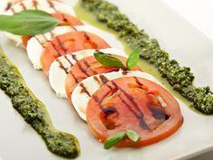 tomate, mozzarella, basilic frais, huile d'olive