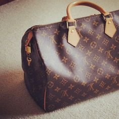 louis vuitton mens keepall 55. Feels like it looks.