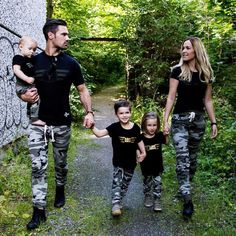 6e0f02ab92 Family Matching Military Outfits Clothes Set Women Baby Kids T-shirt Tops+Pants  Matching
