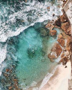 La fotografia aerea di Gabriel Scanu che con un drone cattura tutto lo sfavillante splendore della costa australiana