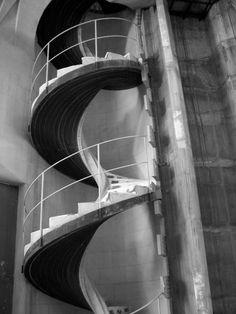 sagrada di familia, barcelona Barcelona, Stairs, Black And White, Home Decor, Monochrome, Ladders, Black White, Homemade Home Decor, Blanco Y Negro