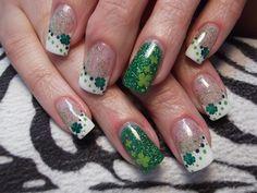 Shamrock by nikkisnails from Nail Art Gallery Holiday Nail Designs, Colorful Nail Designs, Cool Nail Designs, Holiday Nails, Glam Nails, Fancy Nails, Cute Nails, Irish Nails, St Patricks Day Nails