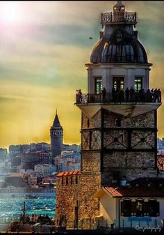 The beauty of Istanbul is Maiden Tower&Galata Tower scenery