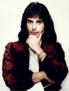 Freddie Mercury Quotes, Rock Music, Beautiful Pictures, Wonder Woman, Singer, Photoshoot, Queen, Instagram, Bohemian