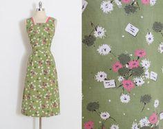 Vintage 50s Dress | 1950s novelty print dress | flowers notes print cotton | xs/s | 5890
