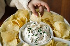 Tweet Tweet Chips and dip are classic tailgating fare, and I've shared lots of my favorite dip recipes with you already. But I've been saving my favorite chip dip recipe for a special occasion, and the Big Game coming up on Sunday seems like a good choice! I know it's simple enough to grab a […]