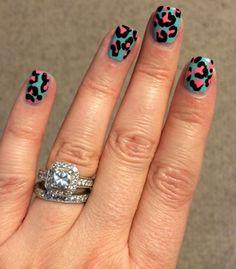 Blue-Pink-Black Leopard Spot Mani-3