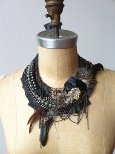 Charlotte Hosten's one-of-a-kind-necklace