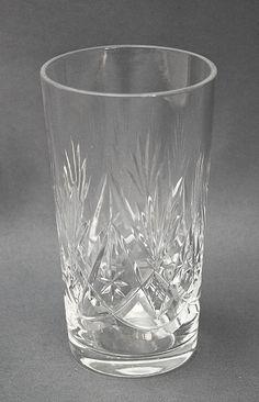 Kristalli juomalasi, Yrjö, Riihimäen lasi | Astiataivas.fi - Vanhojen astioiden ystävien löytöpaikka Punch Bowls, Shot Glass, Tableware, Dinnerware, Dishes